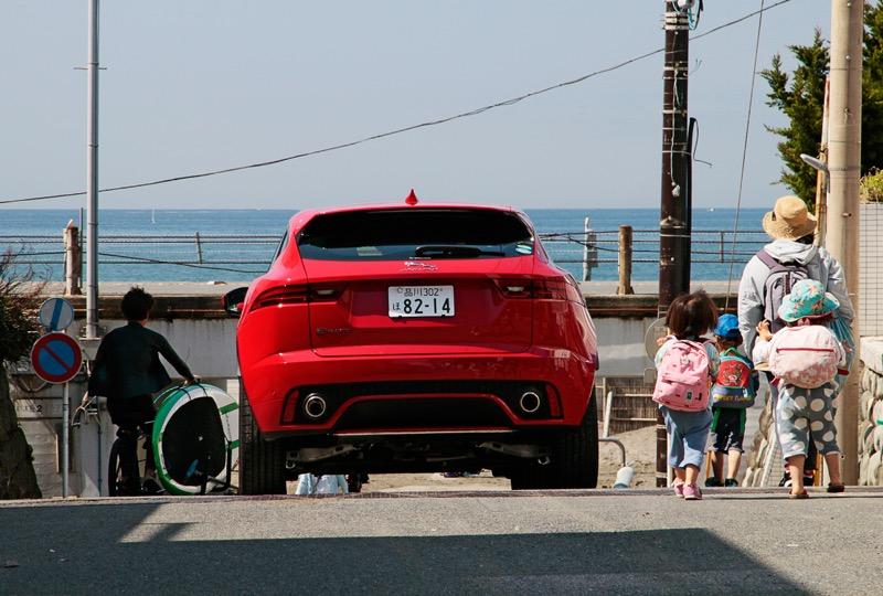 国内公道試乗レポート 小型suv ジャガー e paceは やんちゃなベイビー