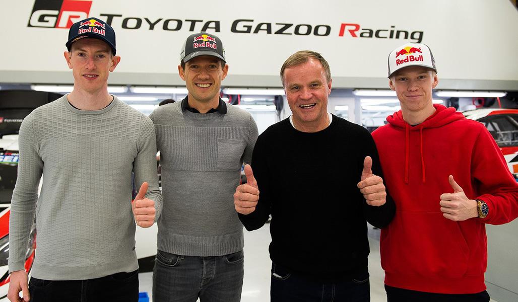 ●トミ・マキネン(右から2人目)と、2020年シーズンのTGRワールドラリーチームのドライバーたち