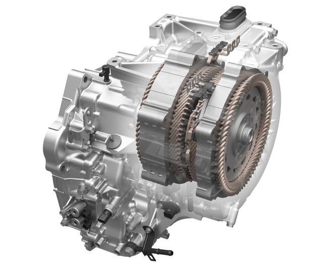 ●2モーターハイブリッドシステム「e:HEV」をコンパクトカーで初搭載。1.5Lガソリンエンジンと組み合わされる。日常使いでは、ほとんどのシーンでモーター走行でき、好燃費を期待できる