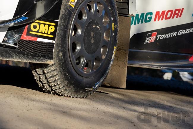 ●ほとんどのステージがまるでグラベルラリーのよう。だけどタイヤはスタッドタイヤです