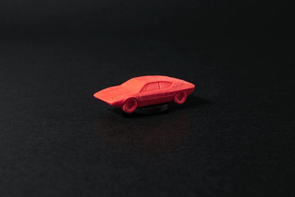 大人買い必至!懐かしのスーパーカー消しゴムが最新技術で復活販売!